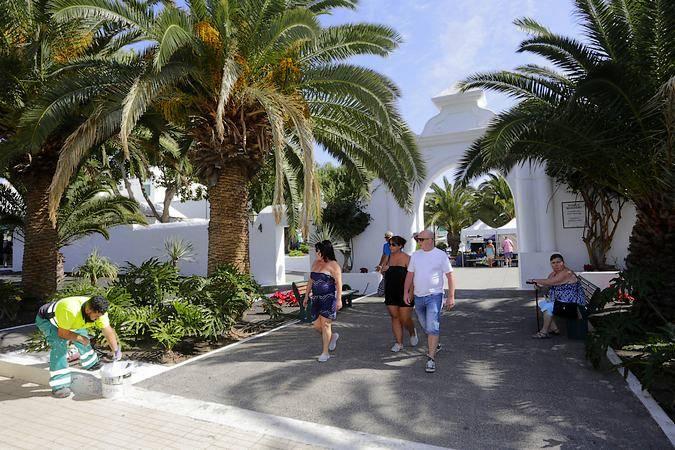 Entrada al Pueblo Marinero, en Costa Teguise, en Lanzarote