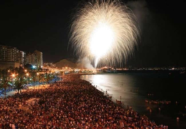 Disfruta las fiestas de Alicante