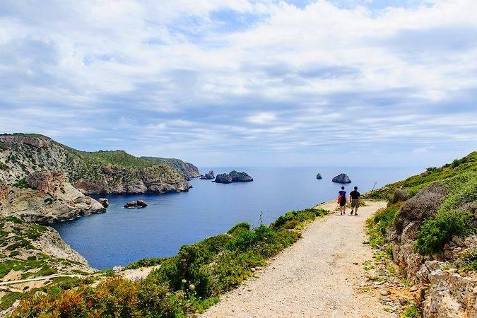 Senderismo por la isla de Cabrera
