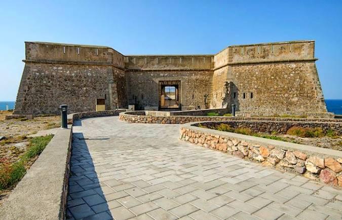 Castillo de Guardias Viejas, en El Ejido, Almería