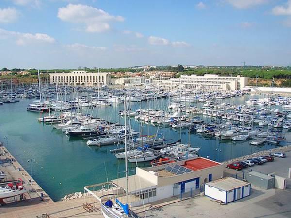 Puerto Sherry, en El Puerto de Santa Maróa, Cádiz