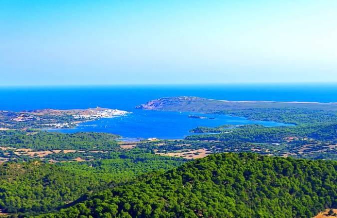 Zona costera de Fornells, en Es Mercadal, Menorca
