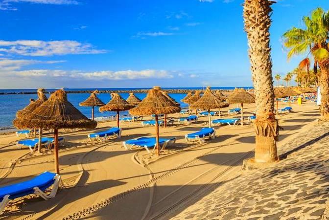 Playa de Los Cristianos, en Tenerife
