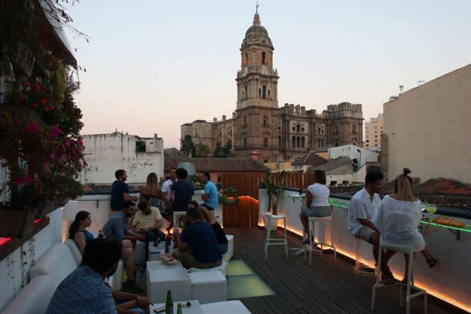 La Terraza Chinitas, en el pasaje del mismo nombre, en Málaga