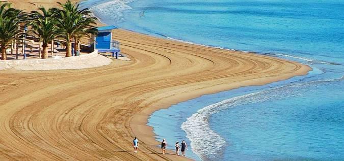 Playa del Puerto de Mazarrón, en Murcia