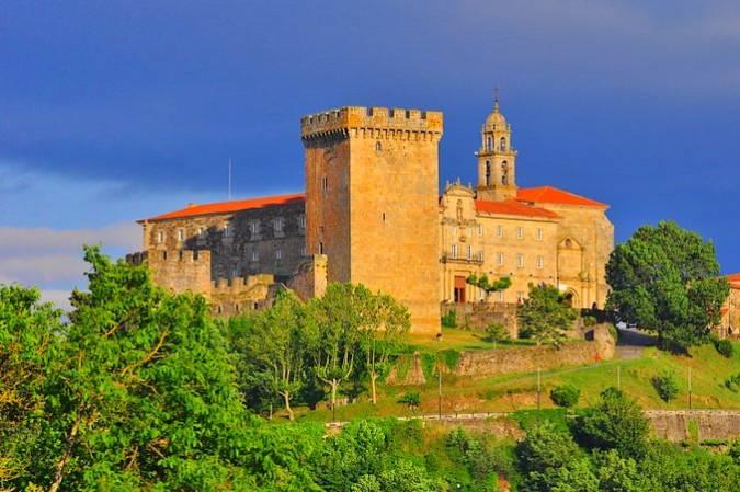 Conjunto Monumental de San Vicente del Pino, en Monforte de Lemos
