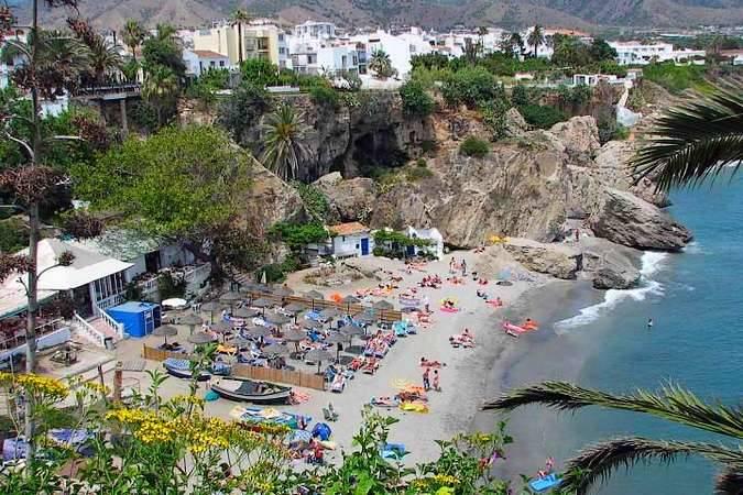Playa de Calahonda, en Nerja