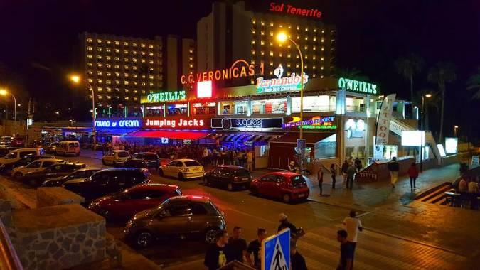 Centro Comercial Las Verónicas en Playa de las Américas