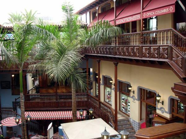 Centro comercial en el Puerto de la Cruz