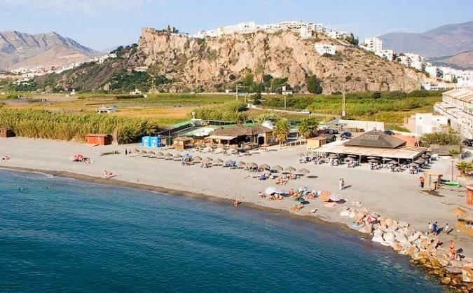 Playa de la Guardia, en Salobreña, Granada