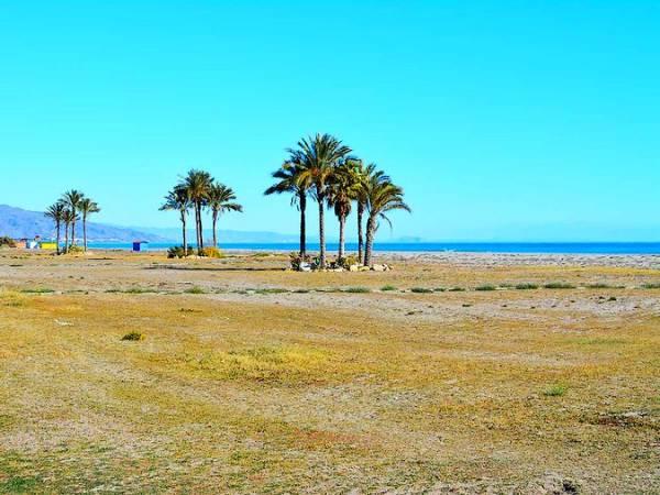 Playa de Las Marinas-Bolaga, en Vera, Almería
