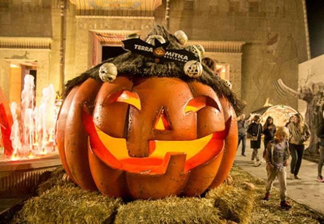 Halloween en Terra Mítica: unas vacaciones de miedo