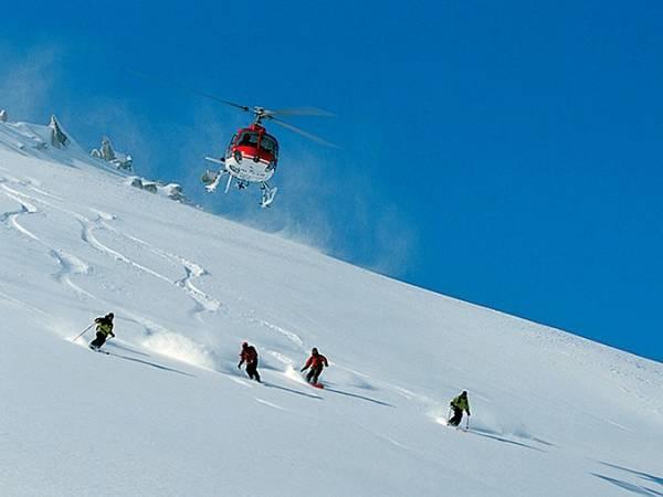 Heliesquí, esquí fuera de pistas