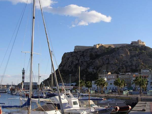 Águilas, un destino para todo el año en Murcia
