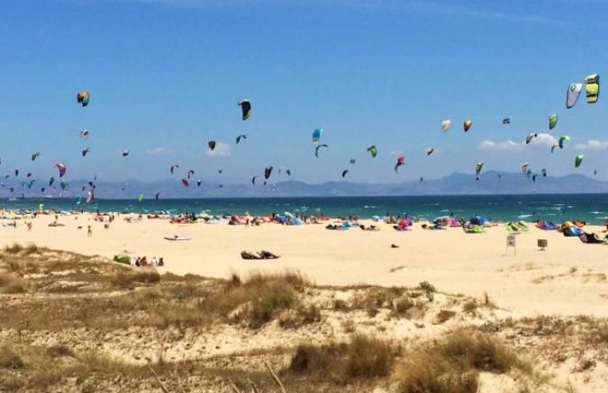 Hoteles baratos en Tarifa para practicar surf y windsurf
