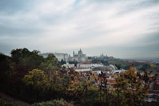 Hoteles baratos para el Puente en Madrid, Benidorm, A Coruña y Granada