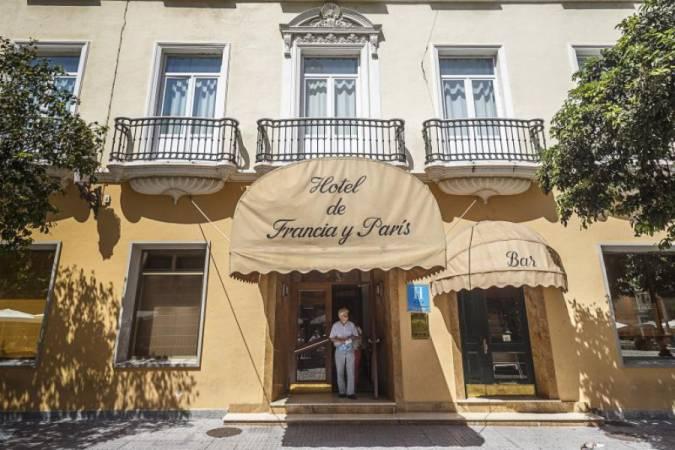 Hotel de Francia y París, en Cádiz