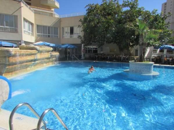 Hoteles en benidorm por menos de 25 euros for Hoteles con habitaciones familiares en benidorm