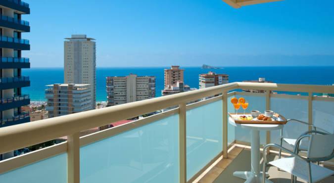 Hoteles junto a la playa en benidorm - Hoteles con piscina cubierta en benidorm ...