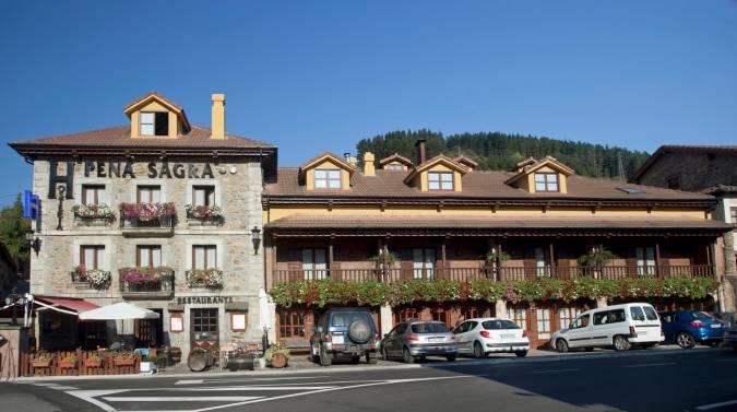 Hostería Peña Sagra, en Potes, Cantabria