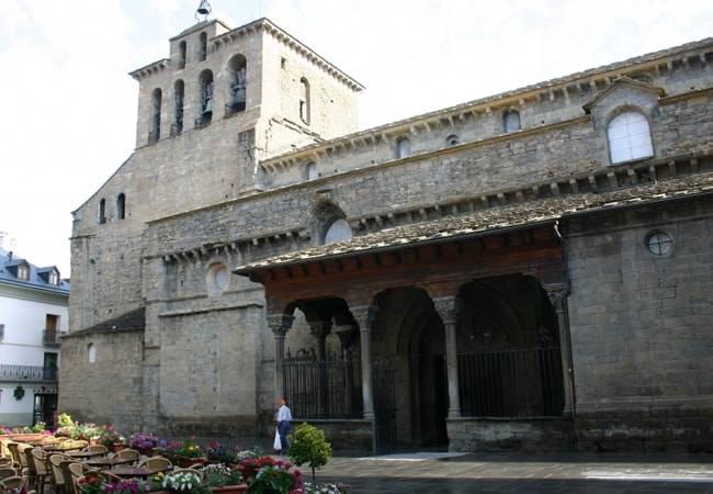 Jaca, un destino turístico abierto todo el año en Huesca