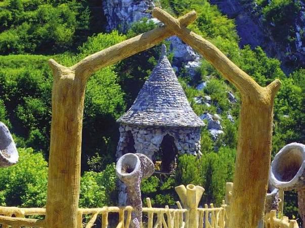 Los Jardines de Artigas, en La Pobla de Lillet, Barcelona