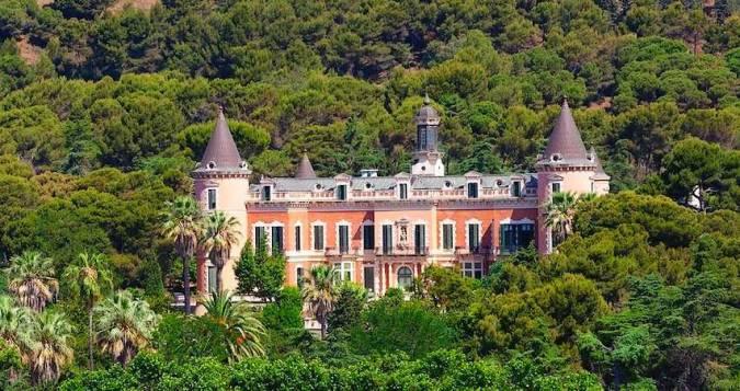 Los Jardines del Palau de les Heures, un oasis en Barcelona
