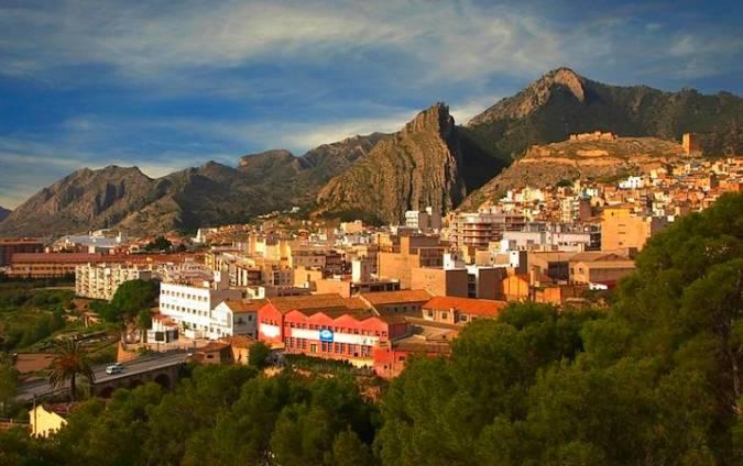 Jijona, un destino de lo más completo en Alicante