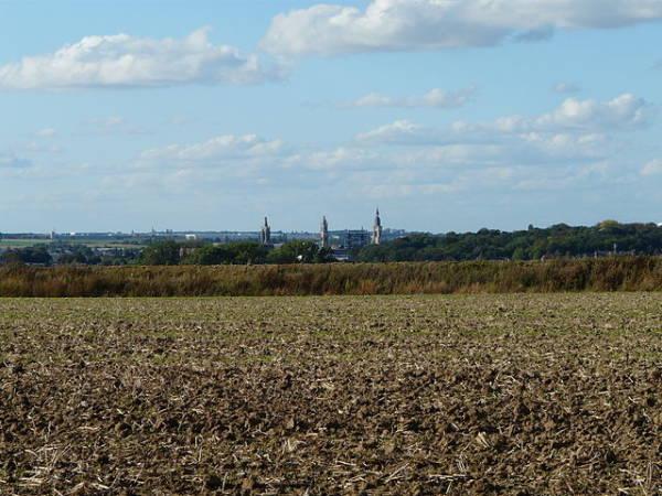 La bonita ciudad de Cambrai en el norte de Francia
