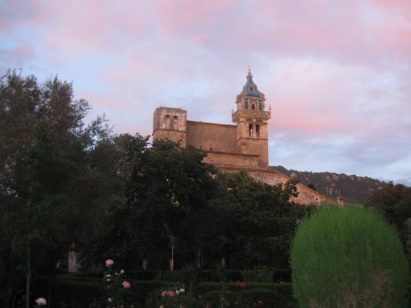 La Cartuja de Valldemossa, patrimonio histórico en la isla de Mallorca