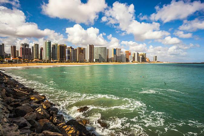 La ciudad de Fortaleza, un destino tropical en Brasil