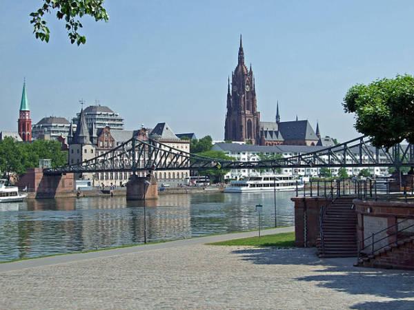 La ciudad de Frankfurt, una visita imprescindible en Alemania