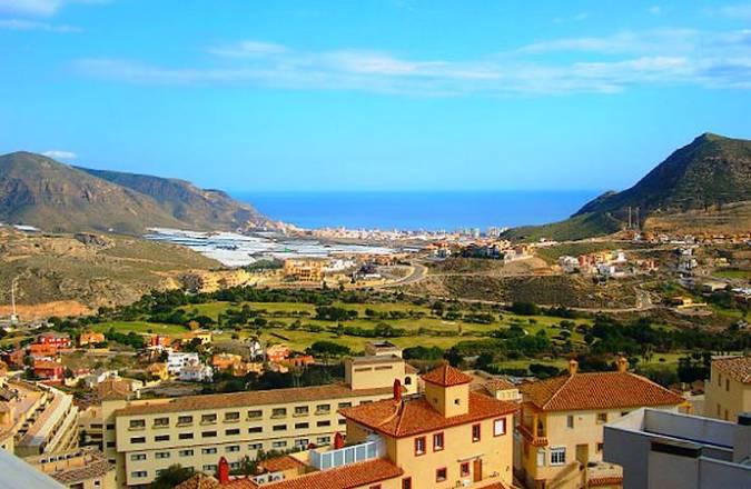 La Envía, playas y golf en Almería