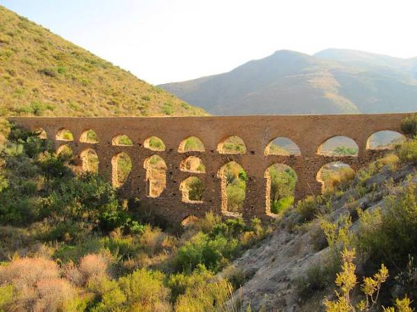 Conjunto monumental del Barranco de Carcáuz, en Almería