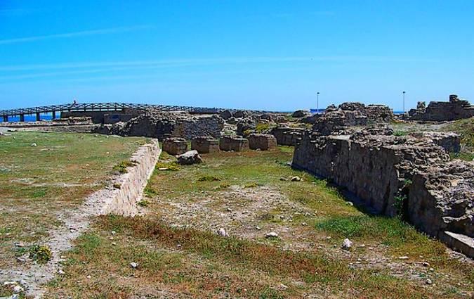 Restos del Fuerte de Santa Bárbara, en La Línea de la Concepción