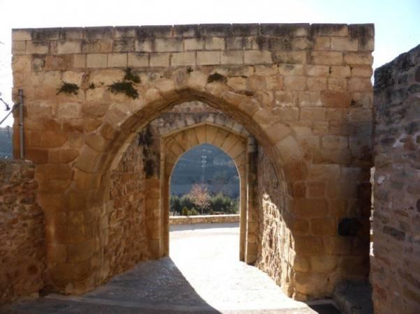 Arco de Valencia, en La Puebla de Valverde, Teruel