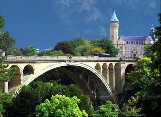 La villa de Luxemburgo, capital de Gran Ducado homónimo