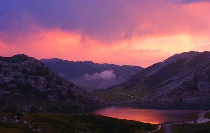 Lago Enol, Parque Nacional de los Picos de Europa, Asturias