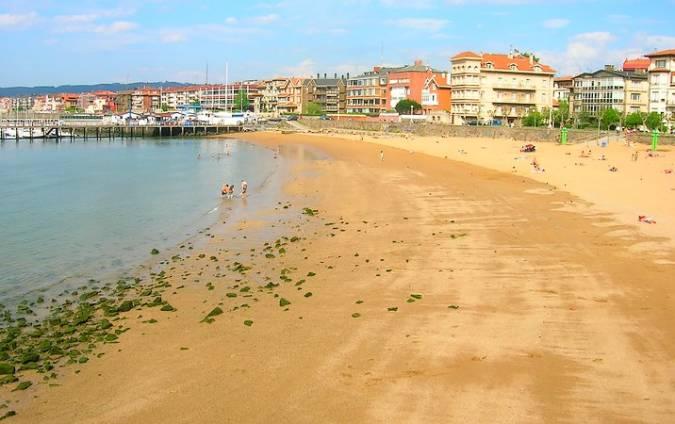 Playa de Las Arenas, en Getxo, Vizcaya