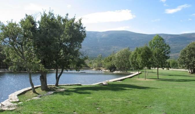 Desconectar en Las Presillas, la piscina de Madrid