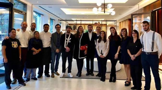 Messi visita su hotel en Sitges, Barcelona