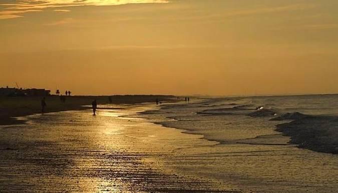 Lepe: playas, vino, fresas y buen humor en Huelva