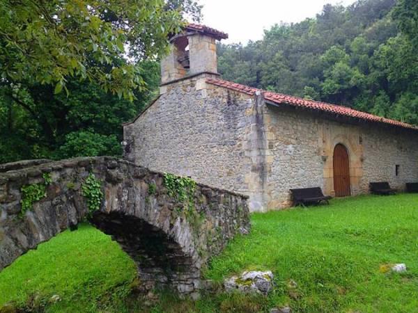 Puente Romano y Ermita de San Andrés, en Liendo