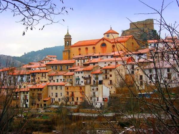 Linares de Mora, la escapada perfecta en Teruel