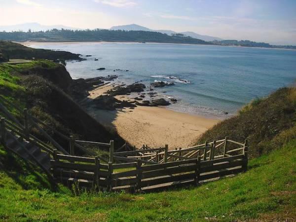 Loredo, destino surfista en Cantabria