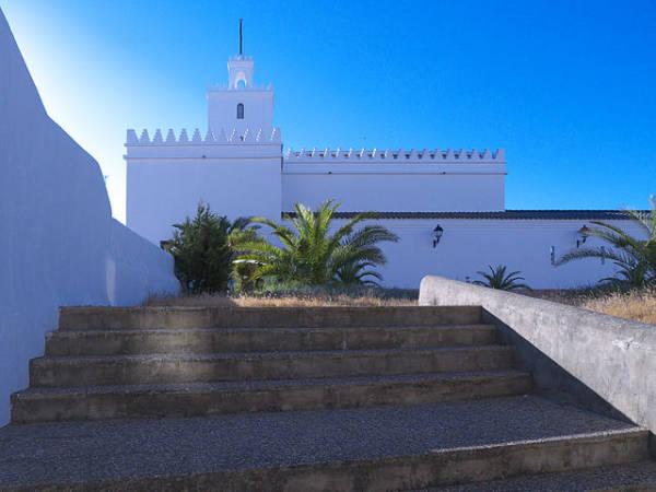 Iglesia de Nuestra Señora del Rosario, en Matalascañas
