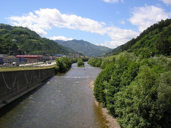 Mieres, en el corazón verde de Asturias
