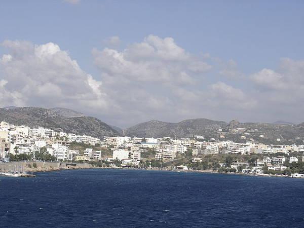 La sugerente isla Volcánica de Milos, en Grecia
