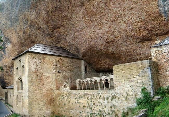 El Monasterio de San Juan de la Peña en Jaca