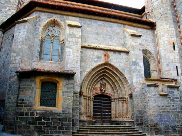 Iglesia de San Juan Bautista, en Mondragón